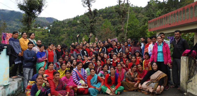 The MIS School group with the local community